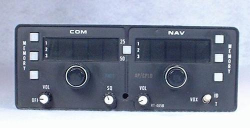 RT-485B NAV/COMM Closeup