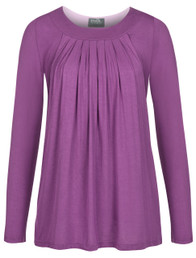 Pleated flowy nursing top in long sleeves