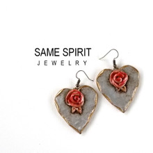 EARRINGS - LOVE IS IN THE AIR (silver hearts with rose and golden edge)