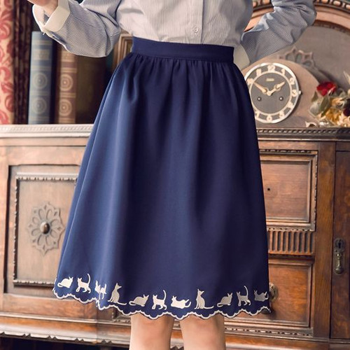 Cats Embroidered Knee Skirt