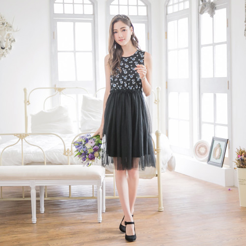 Flowers Printed Lace Stitching Dress