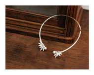 Bling Flower Wire Necklace