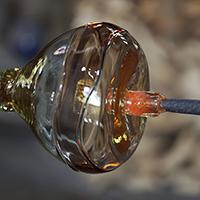 image-of-hot-glass-on-punty-or-pontil.jpg