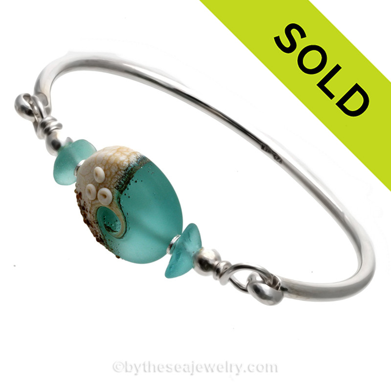 38f5e6468ed89 Vivid Aqua Blue Genuine Sea Glass Sterling Bangle Bracelet With Lampwork  Glass Wave Bead