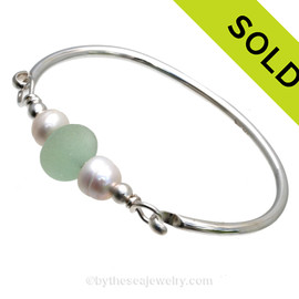 Perfect Seafoam Green English Sea Glass combined on this Solid Sterling Silver Full round Sea Glass Bangle Bracelet with real Cultured Pearls. SOLD - Sorry this Sea Glass Bangle Bracelet is NO LONGER AVAILABLE!