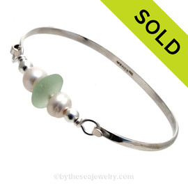 Fresh Sea Green Seaham Sea Glass Premium Bangle Bracelet In Solid Sterling With Real Pearls