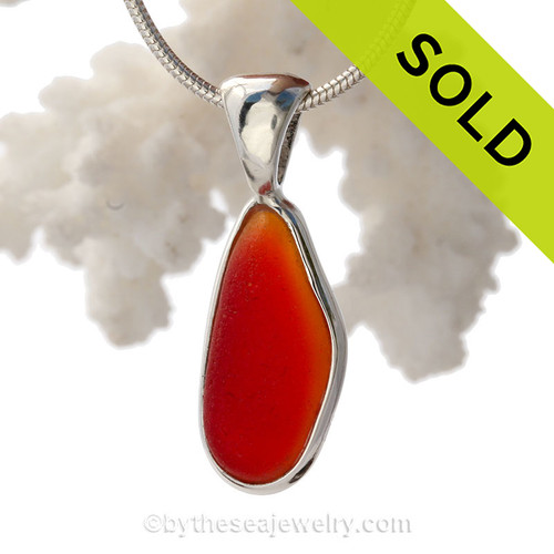Super Rare Red and Orange Mixed Amberina In Sterling Deluxe Wire Bezel© Pendant Setting