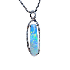DELICATE EMBRACE 18kt WHITE GOLD & DIAMOND OPAL NECKLACE