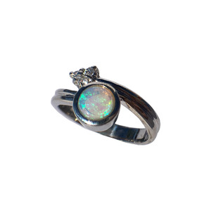 CRYSTAL FLASH SILVER OPAL RING