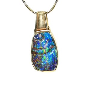 RAINBOW NIGHT DELIGHT 18KT YELLOW GOLD BOULDER OPAL NECKLACE