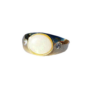 MILKY DREAM 18kt GOLD PLATED SOLID WHITE OPAL RING
