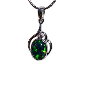 GREEN ELECTRIC WAVES STERLING SILVER OPAL NECKLACE