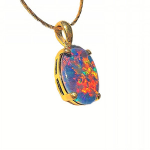 A BRILLIANT DANCE 18KT GOLD PLATED NATURAL AUSTRALIAN OPAL NECKLACE
