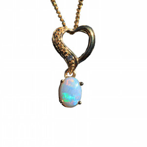 TWISTED HEART 18kt GOLD PLATED NATURAL SOLID AUSTRALIAN WHITE OPAL NECKLACE
