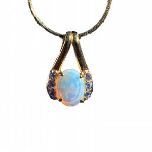 STAR DROP 18kt GOLD PLATED NATURAL SOLID AUSTRALIAN WHITE OPAL NECKLACE