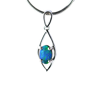 ENCHANTED MAGESTY STERLING SILVER NATURAL AUSTRALIAN OPAL NECKLACE