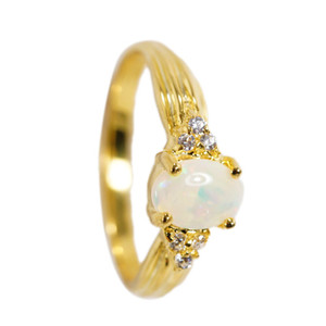 DELICATE LILI 18KT GOLD PLATED AUSTRALIAN WHITE OPAL RING