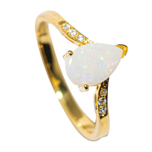 BRIGHT DROP FLASH 18KT GOLD PLATED AUSTRALIAN WHITE OPAL RING