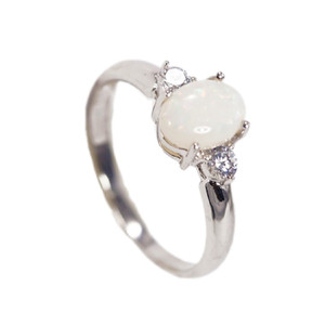 CAPTIVATING SPARK STERLING SILVER NATURAL AUSTRALIAN WHITE OPAL RING