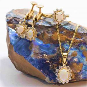 SUNRISE SURPRISE 18KT GOLD PLATED NATURAL AUSTRALIAN WHITE OPAL JEWELRY SET
