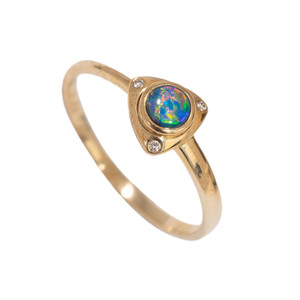 DELICATE SEA SPRAY 14KT GOLD & DIAMOND NATURAL AUSTRALIAN OPAL RING