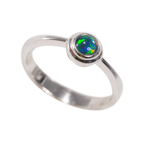COLOR BLAST STERLING SILVER AUSTRALIAN OPAL RING