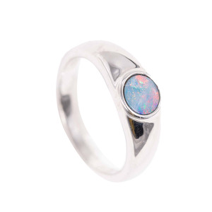 ADVENTURE LAND STERLING SILVER AUSTRALIAN OPAL RING
