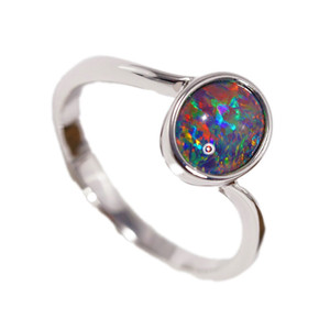 1 ROMANTIC ESCAPE STERLING SILVER AUSTRALIAN BLACK OPAL RING