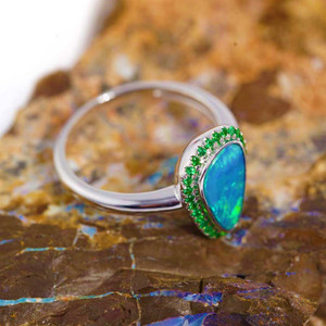 DEEP CARRIBEAN ADVENTURE 14KT WHITE GOLD  AUSTRALIAN OPAL & GREEN GARNET RING