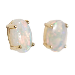 1 DELICATE RADIANCE 14KT GOLD NATURAL AUSTRALIAN WHITE OPAL STUD EARRINGS