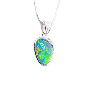 EARTHS BRILLIANCE STERLING SILVER AUSTRALIAN BLACK OPAL NECKLACE