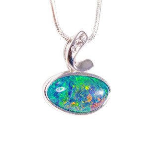A BALI BLAST STERLING SILVER AUSTRALIAN BLACK OPAL NECKLACE