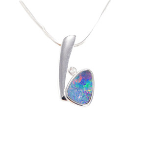 DREAMLAND ESCAPE STERLING SILVER AUSTRALIAN BLACK OPAL NECKLACE