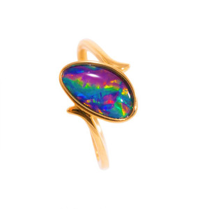 ELECTRIC RED PASSION 14KT GOLD AUSTRALIAN OPAL RING