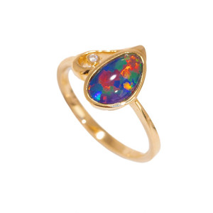 1 RED STAR DUST FANTASY 14KT GOLD & DIAMOND AUSTRALIAN OPAL RING