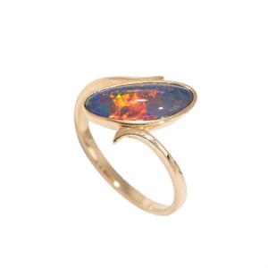 1 ROYAL RED SUNRISE 14KT GOLD AUSTRALIAN OPAL RING
