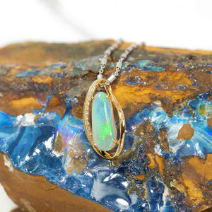 EARTH'S ANGEL 14KT GOLD & DIAMOND NATURAL AUSTRALIAN WHITE OPAL NECKLACE