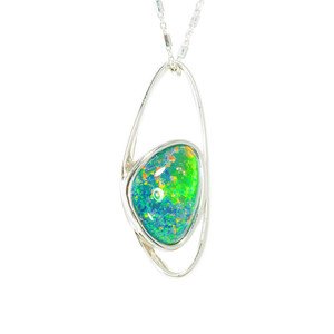 A UNIVERSE WONDERLAND FLASH STERLING SILVER AUSTRALIAN BLACK OPAL NECKLACE