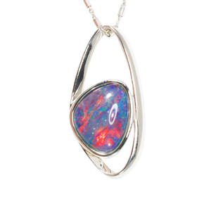 A UNIVERSE SUPERNOVA FLASH STERLING SILVER AUSTRALIAN BLACK OPAL NECKLACE