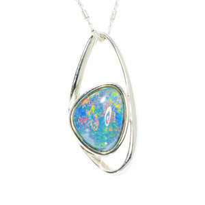 A SUPERNOVA ADVENTURE WONDERLAND FLASH STERLING SILVER AUSTRALIAN BLACK OPAL NECKLACE