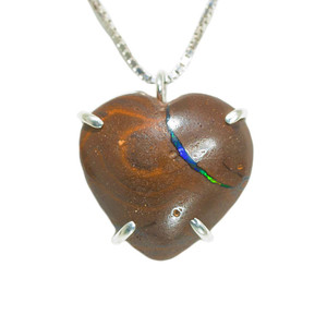 BLUE GREEN FLASH HEART SHAPED AUSTRALIAN OPAL NECKLACE