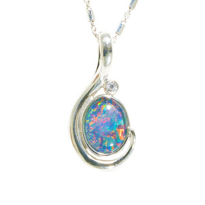 1 HOLIDAY SUNRISE STERLING SILVER AUSTRALIAN BLACK OPAL NECKLACE