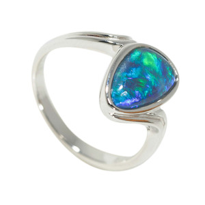 CRYSTAL OCEAN MAGIC STERLING SILVER AUSTRALIAN OPAL RING
