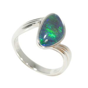 DEEP FOREST ENCHANTMENT STERLING SILVER AUSTRALIAN OPAL RING