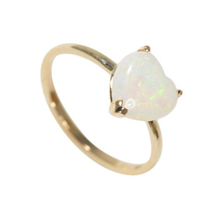 BREATHTAKING LOVE 14KT GOLD AUSTRALIAN WHITE OPAL RING