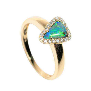 A SPEED OF LIGHT 14KT YELLOW GOLD & DIAMOND SOLID AUSTRALIAN OPAL RING