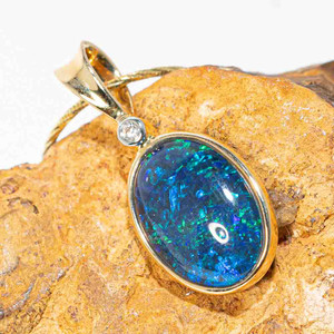 DEEP SEA SERENITY 14KT YELLOW GOLD & DIAMOND AUSTRALIAN OPAL NECKLACE