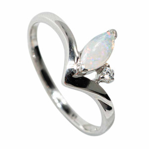 FIRST SNOWFALL STERLING SILVER SOLID AUSTRALIAN WHITE OPAL RING