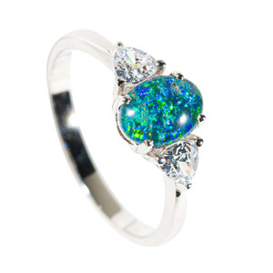 GLITTER DREAM STERLING SILVER AUSTRALIAN OPAL RING