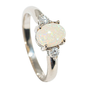 AN ICICLE DRIP STERLING SILVER SOLID AUSTRALIAN WHITE OPAL RING